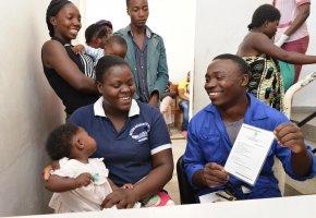 País quer aumentar registo diário de nascimentos de cinco mil para 26 mil