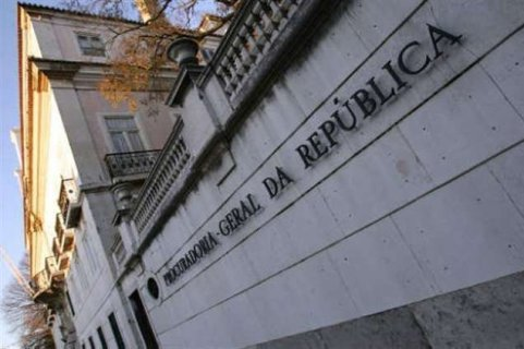 Defesa e seguran a levam 21 por cento das despesas do estado verangola Remessa de dinheiro para o exterior