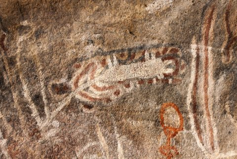 : Tchitundo-hulo rock paintings in a cave, Namibe Province, Capolopopo, Angola