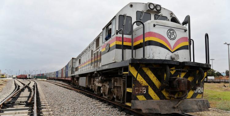 Trafigura reabre rota comercial entre Angola e RDCongo 40 anos